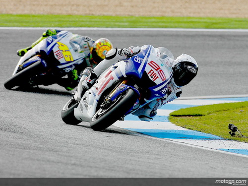 Rossi dan Lorenzo di Estoril